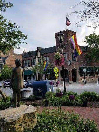 Flossmoor, إلينوي: Flossmoor Pride Month