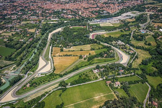 Imola, İtalya: Autodromo Internazionale Enzo e Dino Ferrari
