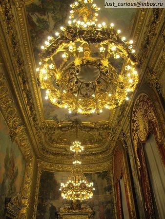Opera Comique: Opéra-Comique, Paris: chic interiors