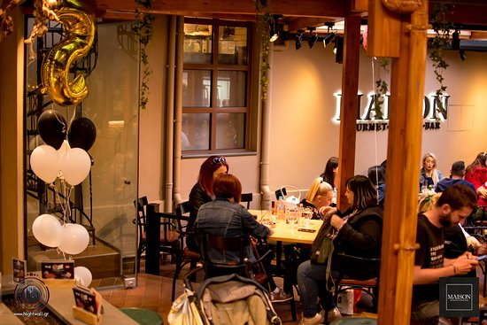 MAISON gourmet-coffee-bar: A chilling afternoon at Maison