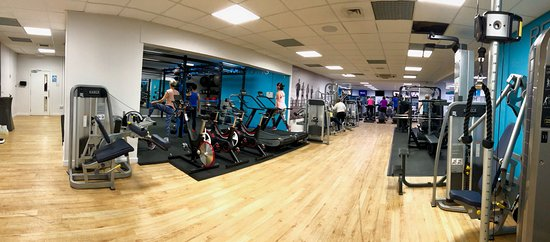 Christchurch, UK: Our recently refurbished fitness suite