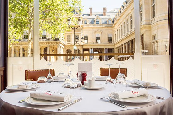 A very Parisian French restaurant - Review of Brasserie du