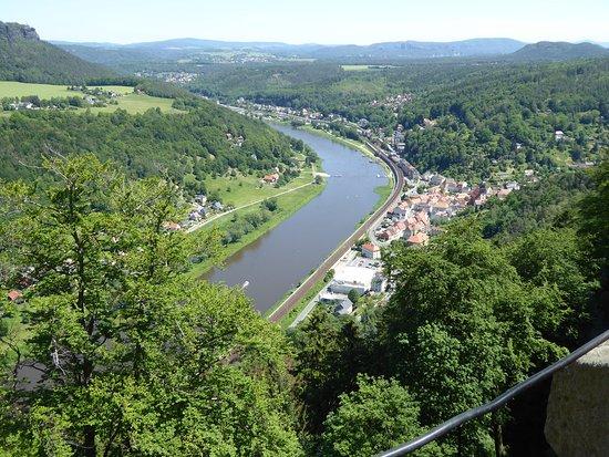 Koenigstein Fortress: Einmalige Aussicht auf die Elbe.