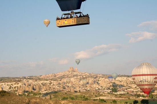 Cappadocia Voyager Balloons: Photo taken from the balloon flight