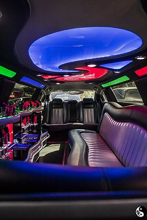 DODGE CHARGER STRETCH LIMOUSINE INTERIOR