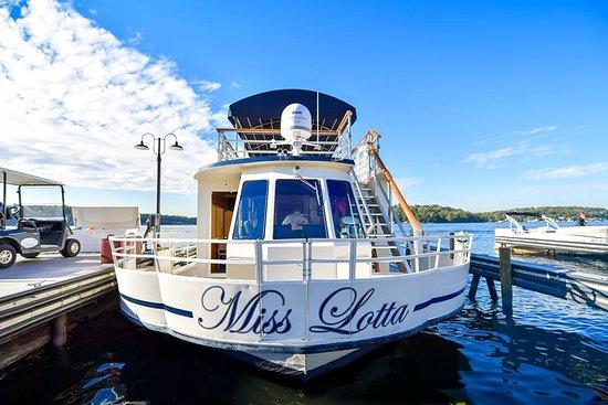 Lake Hopatcong, NJ: Miss Lotta Dockside