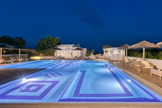 premium sea side & pool view - Picture of Ostria Inn, Naxos - Tripadvisor