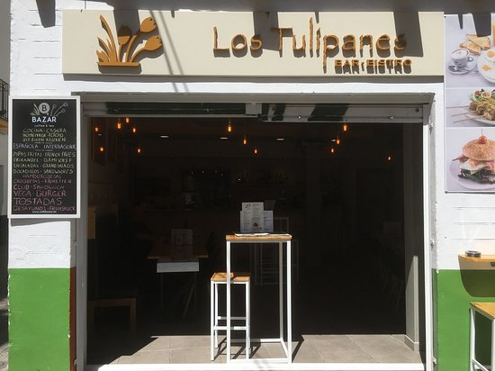 The exterior of Los Tolipanes