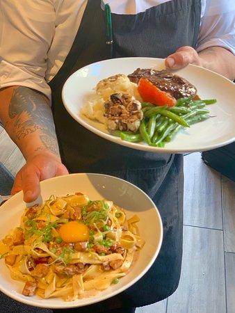 208 Rodeo Restaurant: Filet Mignon and pasta Carbonara