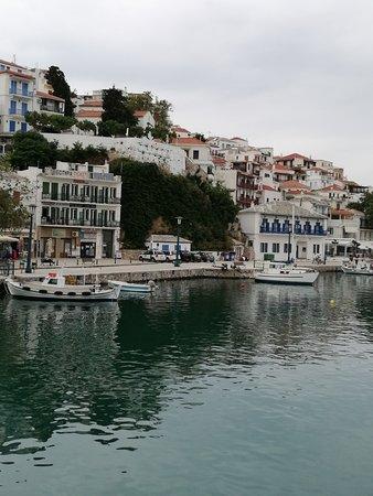 Sporades, Yunanistan: Allonissas