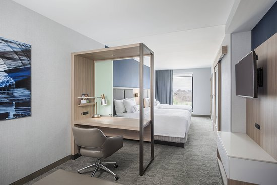 SpringHill Suites by Marriott Madison: Suite