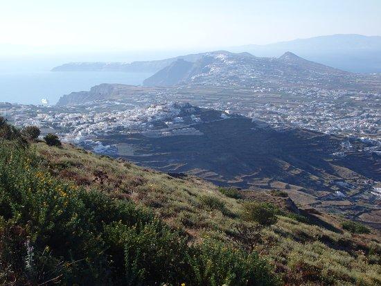 Santorini Summer Panorama: Profitis Illas