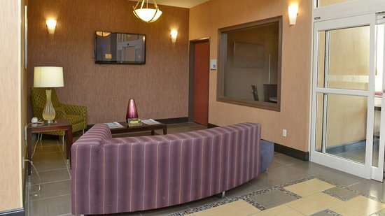 Holiday Inn Express Baton Rouge North: Property amenity