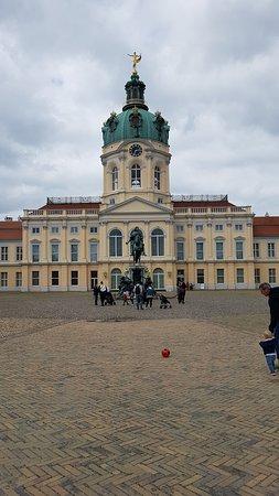Charlottenburg Palace: ด้านหน้า