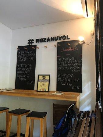 RUZANUVOL Craft Beer & Food: Wall menu
