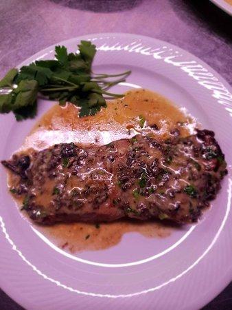 A' Rimissa: Tagliata con tartufo nero del Pollino e gorgonzola dolce dop