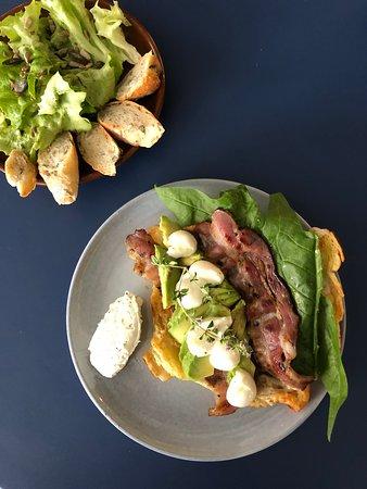 EDITH - Art'Broc Cafe: Mangez bio avec notre formule à 16€ : - Plat au choix - Petite salade bio - Boisson