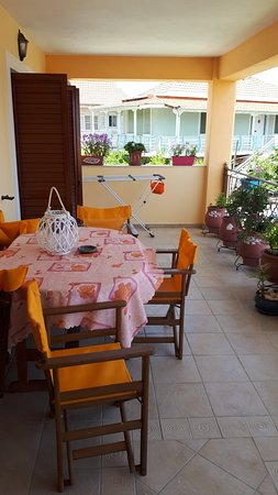 Lakis Apartments: Wonderful place and owners
