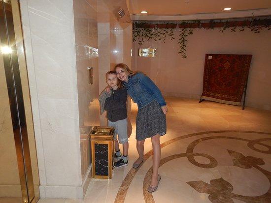 Лифт нулевого этажа (СПА, Ресторан)