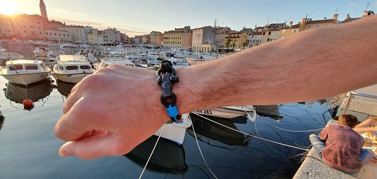 Shopping in Rovinj. Best souvenirs from Istria. Handmade in Croatia. Nautical bracelets. Souvenirs from Rovigno. What to buy from Istra. Istrian gifts. Break Time Croatia. Nauticke narukvice. Outlet Break Time Croatia.