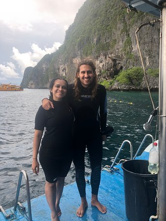 Best instructors in Aquanuts who make you feel super comfortable with your first dive.
