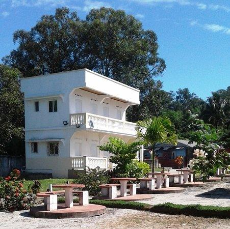 "Soanierana - Ivongo, Madagaskar: "" Le FUMET "" Restaurant & Chambres  R.N. 5 à SOANIERANO-IVONGO"