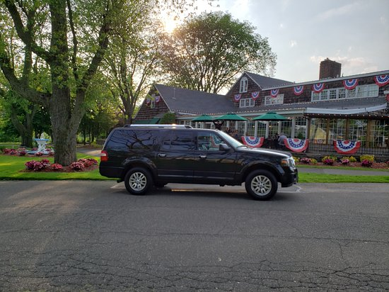 Jericho Taxi And Airport Service: Closest cab to the Millerirdge Inn Jericho NY 11753