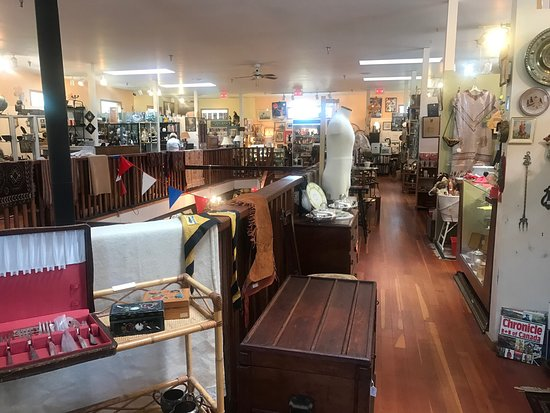 Highway Antique Emporium