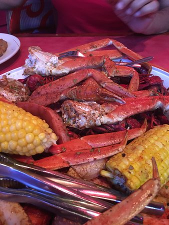 This Place Needs SIX STARS! - Review of Nate's Seafood and
