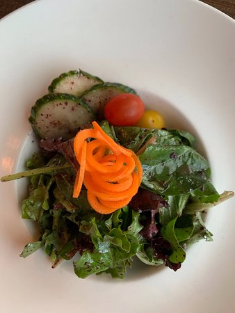 Rainbow Ranch Lodge Restaurant: Simple greens salad