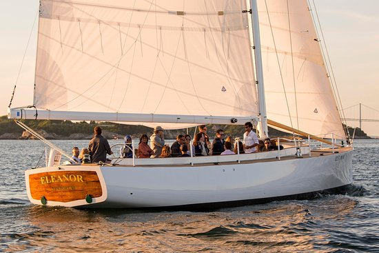 Sailing Excursions Eleanor