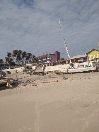 Majorlandia Beach: vista da praia para a vila.