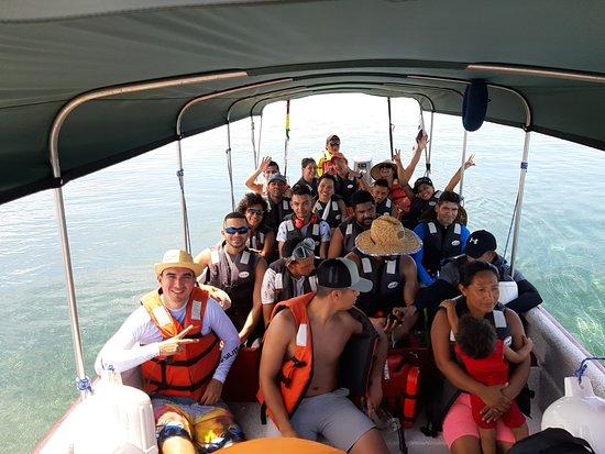 Остров Сан-Блас, Панама: Un grupo Rumbo a los Cayos Holandeses!
