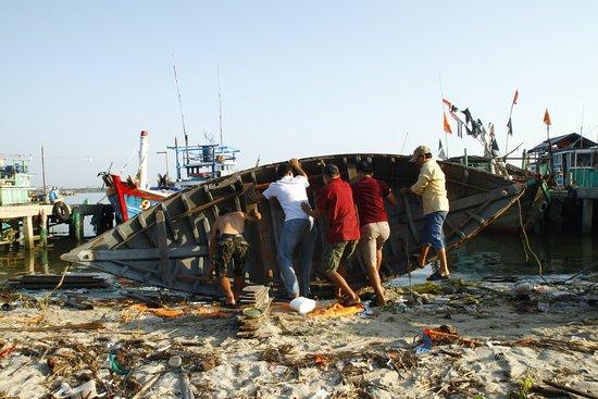 Amanecer de fotos con los pescadores.: Heave Ho