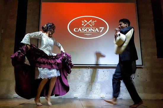 Cena e spettacolo di danze tipiche