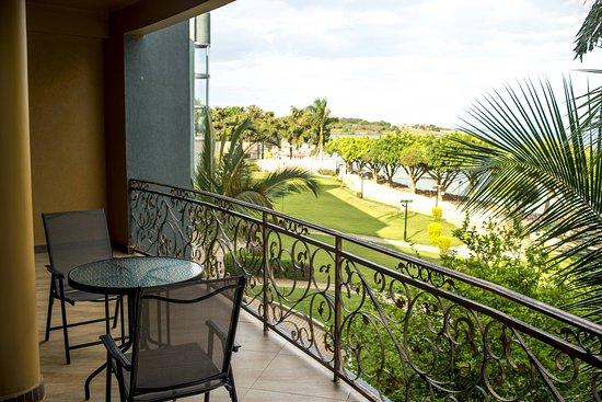 Protea Hotel by Marriott Entebbe: Suite