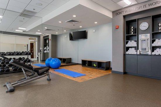 Fairfield Inn & Suites Alexandria: Recreation