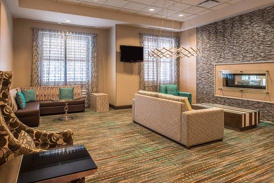 Residence Inn Pittsburgh North Shore: Lobby