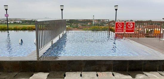Favehotel Cilacap: Kids Pool