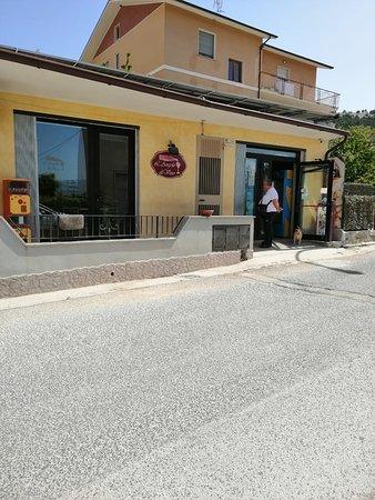 Barisciano, Italia: Ottimo caffè