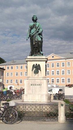 Mozart Monument