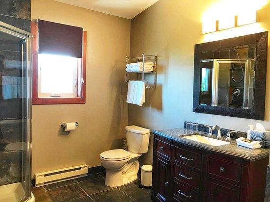 Naramata, Canada: All washrooms are identical.