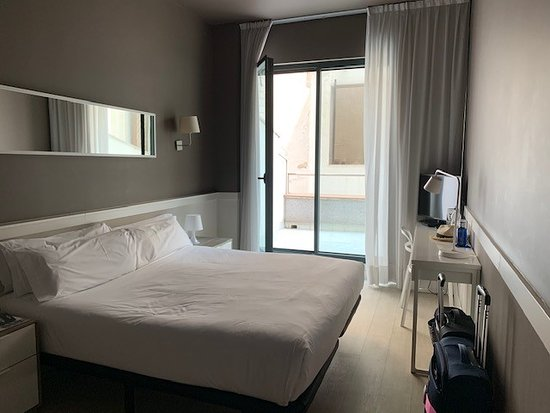 Hotel Paral.lel: Bedroom