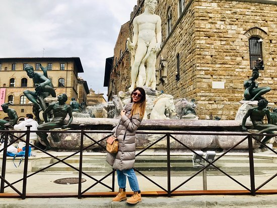 I think there is no other place like Firenze! I was always obsessed with Rome and have been to Rome more than 7-8 times, but Firenze for me is totally onether thing! U feel that an energy that no other sicty can give to you!