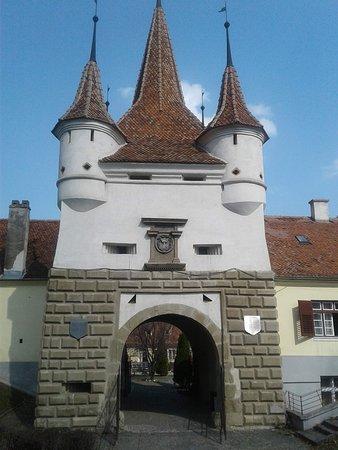 4-Day Private Tour of Transylvania from Bucharest: Brasov, Romania