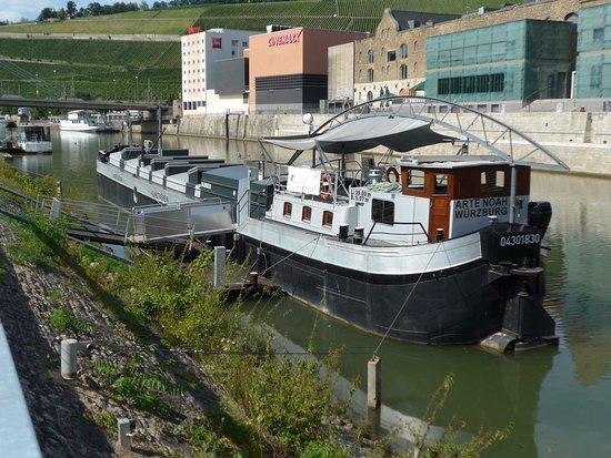 Kunstschiff ARTE NOAH