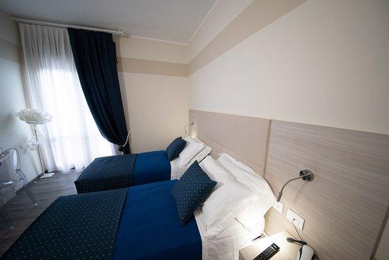 Home Hotel: Stanza doppia letti singoli (o matrimoniale) con accesso ai disabili