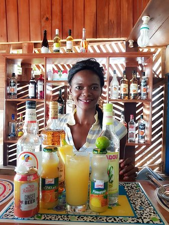 Lakka, Sierra Leone: Mariama, owner of Star Bar and bartender