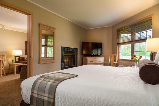 The Ashbrooke Hotel: Grande Suite with King Bed