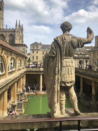 Stonehenge, Windsor Castle, and Bath from London: The Roman baths and museum in Bath